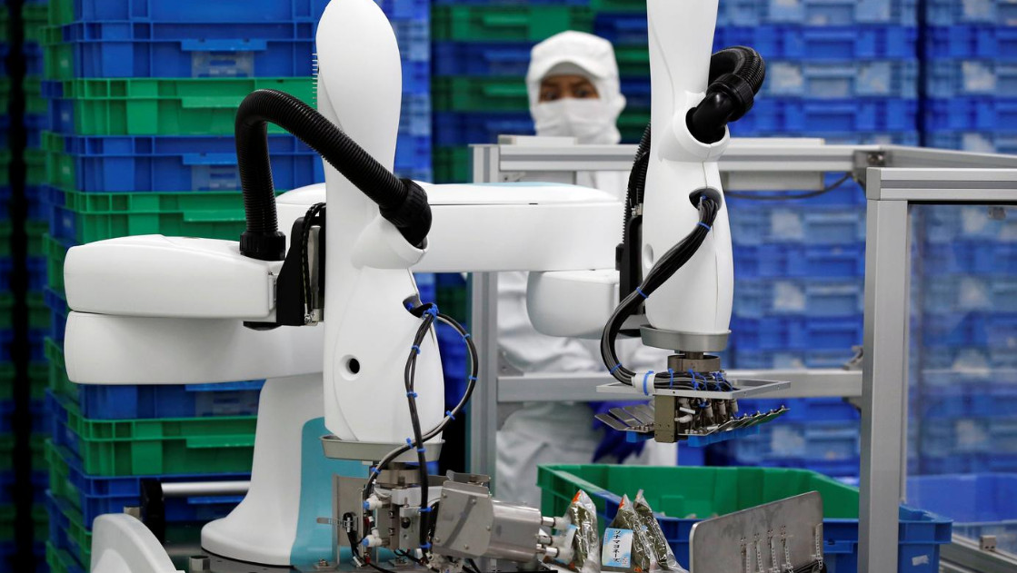 Re-industrializing HK with human-machine collaborative robots