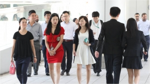 HK firms facing hardship in staff recruitment: survey