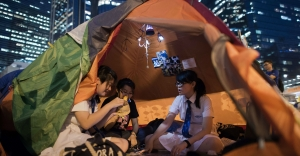 Occupy protesters brace for cold weather