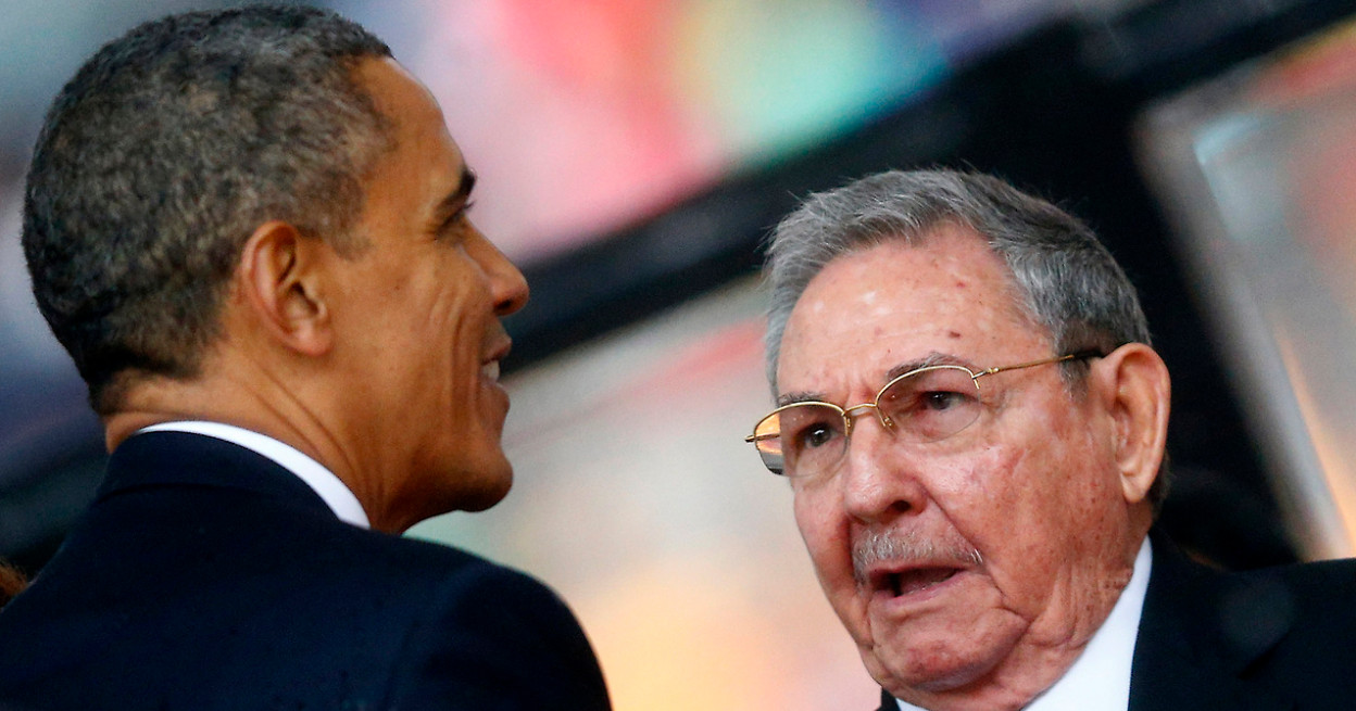Barack Obama meets Raul Castro at a regional summit in Panama, the first meeting of its kind between the US and Cuba in 60 years. Photo: doralnewsonline