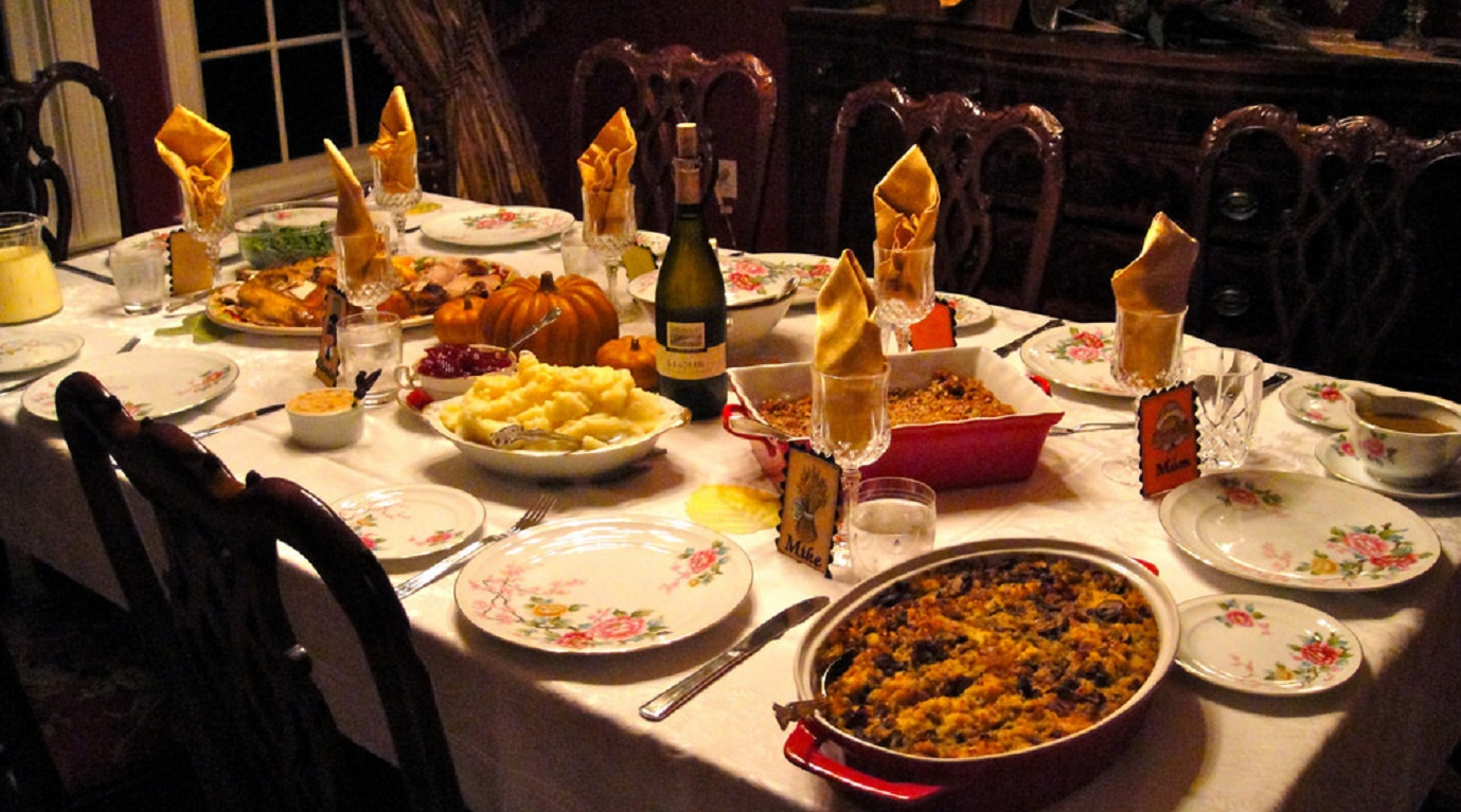 Thanksgiving is a chance for families to gather together, feast and enjoy being with one another. Photo: Internet