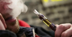 Should Hong Kong ban e-cigarettes?