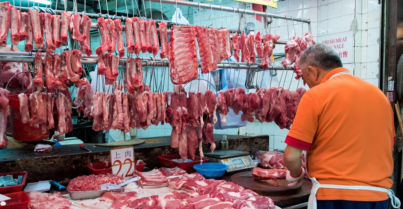 As people prepare to usher in the Lunar New Year, a swine flu outbreak in China is reminding people about the issue of meat safety. Photo: AFP