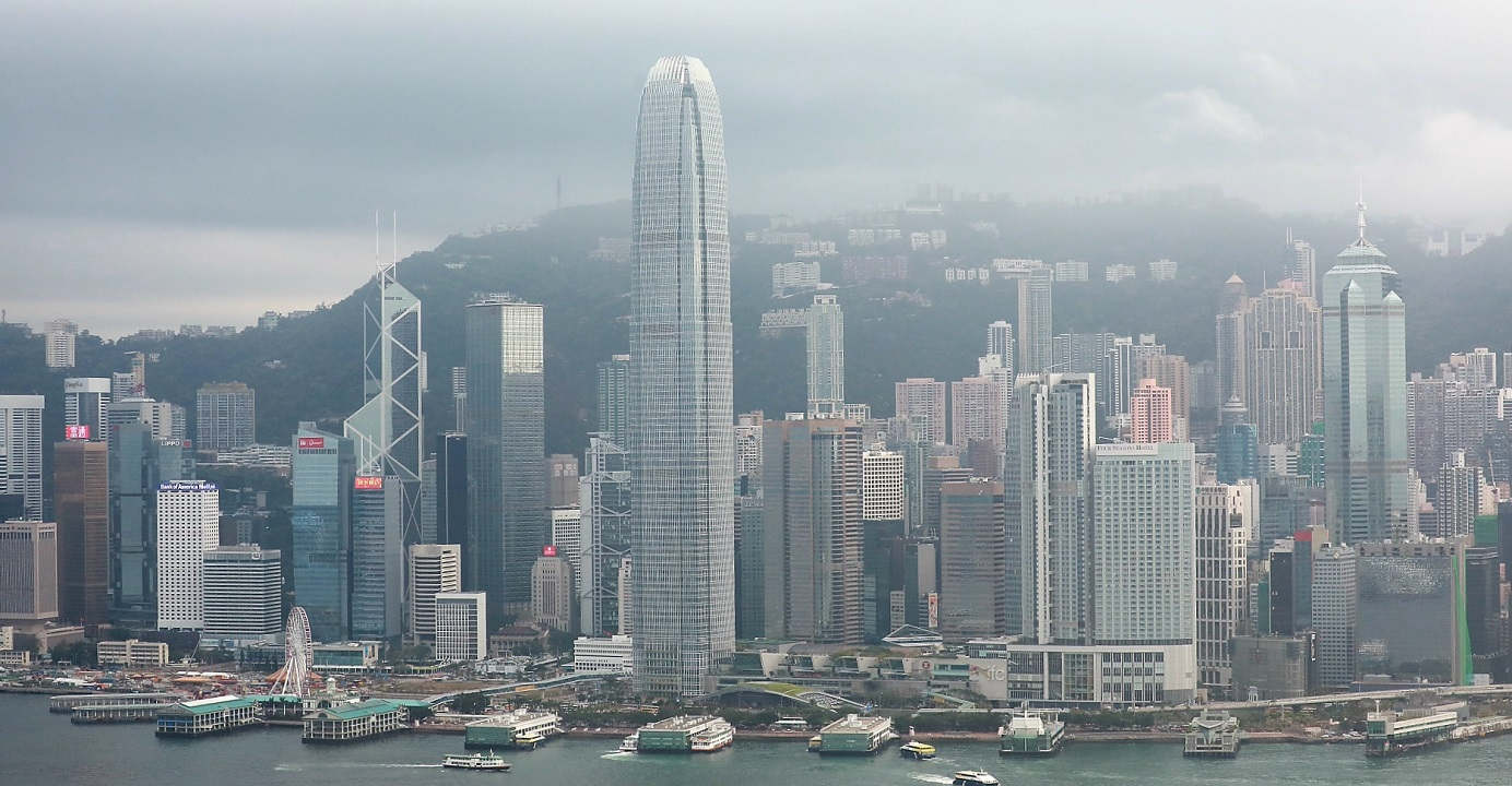 Given the Sino-US trade war and the social unrest in the city, Hong Kong's policymakers need to come up with ways to limit the economic damage. Photo: HKEJ