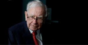 Warren Buffett rumored to be seeking top Chinese fund managers