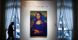 'Rubik Mona Lisa' beats estimate at Paris auction