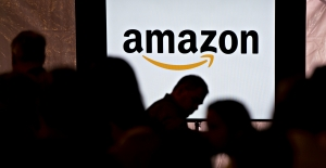 Amazon to hire 100,000 workers as online orders surge